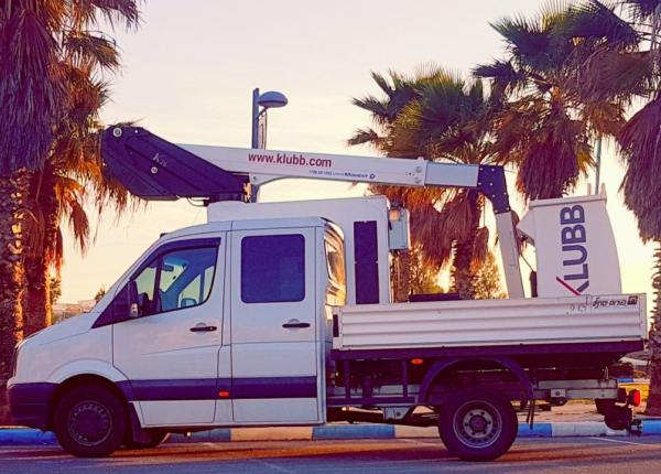 Focus on our bestselling vehicle mounted lift K26 on pick-up and chassis in Israel