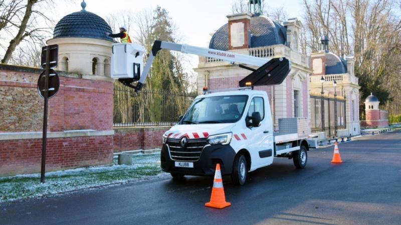 Are you able to build a Renault Master aerial platform up to the latest standards?