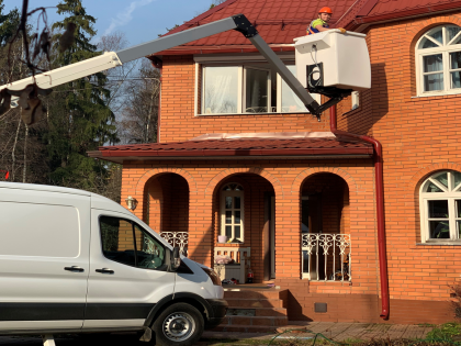 Safe Technology introduces the Klubb K26 vehicle mount platform in Russia