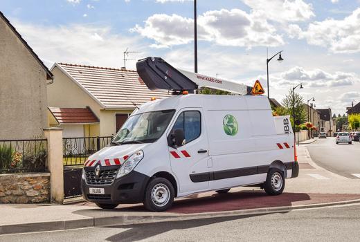 KLUBBs Angebot an elektrischen fahrzeugmontierten Hubarbeitsbühnen