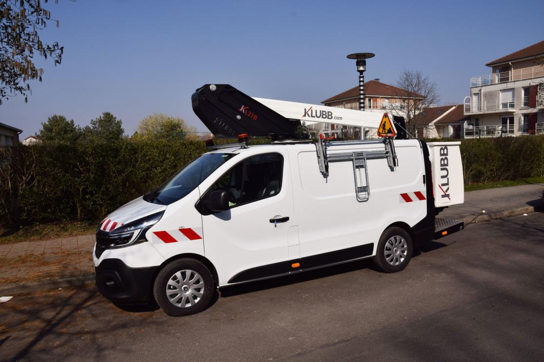 100  electric kl21b van mounted aerial platforms on an e expert